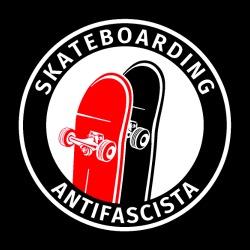 Skateboarding Antifascista