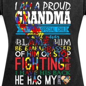 Im A Proud Grandma Of Very Special Child Autsim - Women´s Rolled Sleeve Boxy T-Shirt