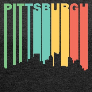 Retro 1970s Style Pittsburgh Pennsylvania Skyline - Women´s Rolled Sleeve Boxy T-Shirt