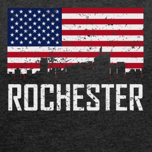 Rochester Michigan Skyline American Flag - Women´s Rolled Sleeve Boxy T-Shirt