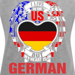 I Live In The Us But My Heart Is In German - Women´s Rolled Sleeve Boxy T-Shirt