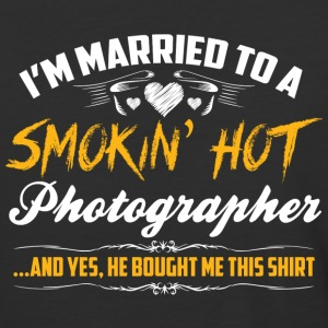 smokin hot photographer - Baseball T-Shirt