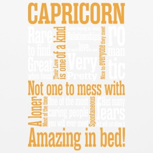 Capricorn Amazing In Bed - Mouse pad Horizontal