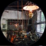 button machine shop