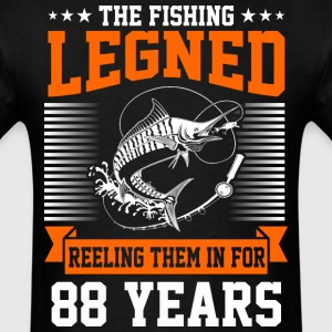 The Fishing Legend Reeling Them In For 88 Years - Men's T-Shirt