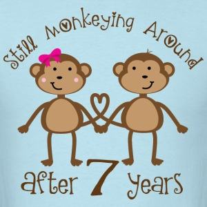 Funny 7th Anniversary Gift Couples T-Shirts - Men's T-Shirt