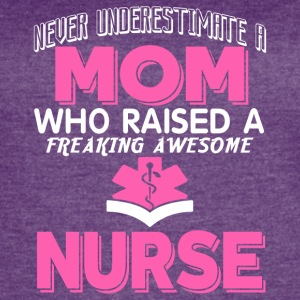 A Freaking Awesome Nurse T Shirt - Women's Vintage Sport T-Shirt