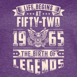 Life Begins at Fifty-Two Legends 1965 for 2017 - Women's Vintage Sport T-Shirt