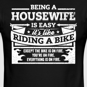 Housewife Shirt: Being A Housewife Is Easy - Men's Ringer T-Shirt
