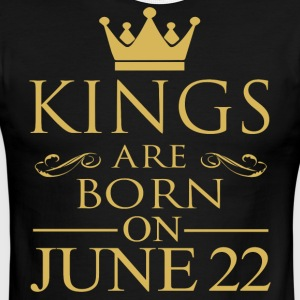 Kings are born on June 22 - Men's Ringer T-Shirt