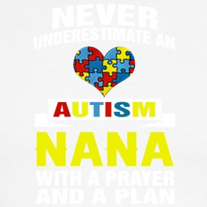 Never underestimate an autism nana with a prayer - Men's Ringer T-Shirt