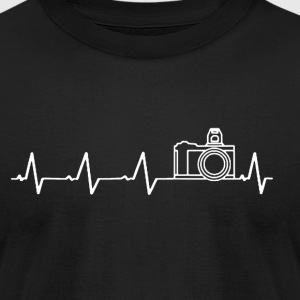 FUNNY PHOTOGRAPHER HEARTBEAT SHIRT - Men's T-Shirt by American Apparel