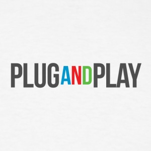 plug and play - Men's T-Shirt