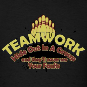 Bowling - Teamwork - Men's T-Shirt