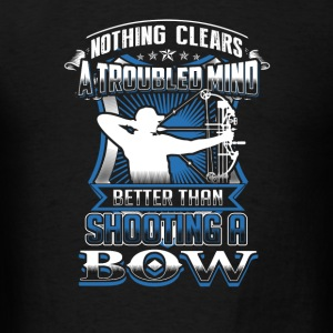 Bow hunting Nothing clears mind better than bowi - Men's T-Shirt