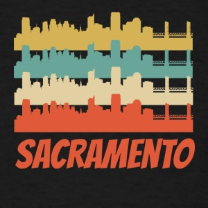 Retro Sacramento CA Skyline Pop Art - Men's T-Shirt