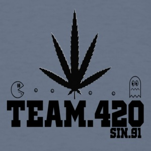 DEMO.TEAM-420-1 - Men's T-Shirt