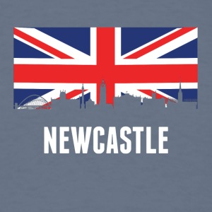 British Flag Newcastle Skyline - Men's T-Shirt