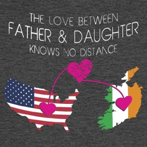 The Love Between Father And Daughter - Men's Long Sleeve T-Shirt