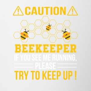 Beekeeper See Me Running Try To Keep Up - Contrast Coffee Mug