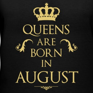 Queens are born in August - Women's V-Neck T-Shirt