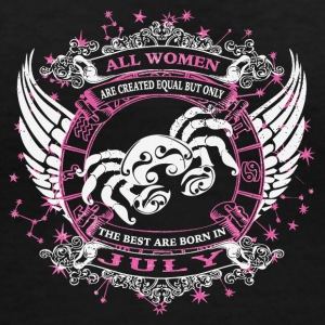 The best are born in July CANCER - Women's V-Neck T-Shirt