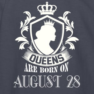Queens are born on August 28 - Kids' Long Sleeve T-Shirt