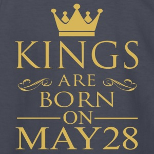 Kings are born on May 28 - Kids' Long Sleeve T-Shirt