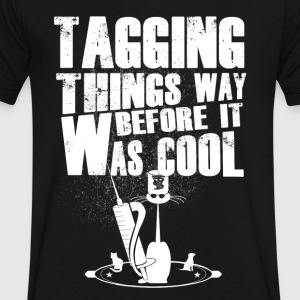 Tagging things way before was cool - Men's V-Neck T-Shirt by Canvas