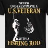 US veteran with a fishing rod -Never underestimate - Men's Premium T-Shirt