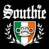 Southie Brass Knuckle Irish Flag Crest - Men's Premium T-Shirt