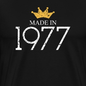 Made In 1977 40 Years Being Awesome - Men's Premium T-Shirt