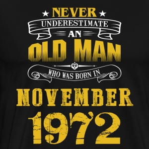 An Old Man Who Was Born In November 1972 - Men's Premium T-Shirt