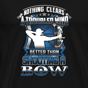 Bow hunting Nothing clears mind better than bowi - Men's Premium T-Shirt