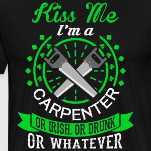 Kiss Me I'm A Carpenter T Shirt - Men's Premium T-Shirt