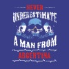 never underestimate man ARGENTINA - Men's Premium T-Shirt