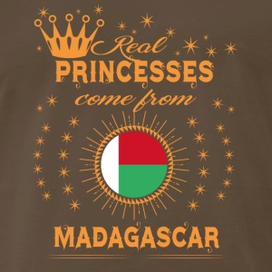 love princesses come from MADAGASCAR - Men's Premium T-Shirt