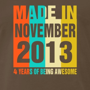 Retro November Made in 2013 4 Years Of Awesome - Men's Premium T-Shirt