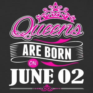 Queens are born on June 02 - Baseball T-Shirt