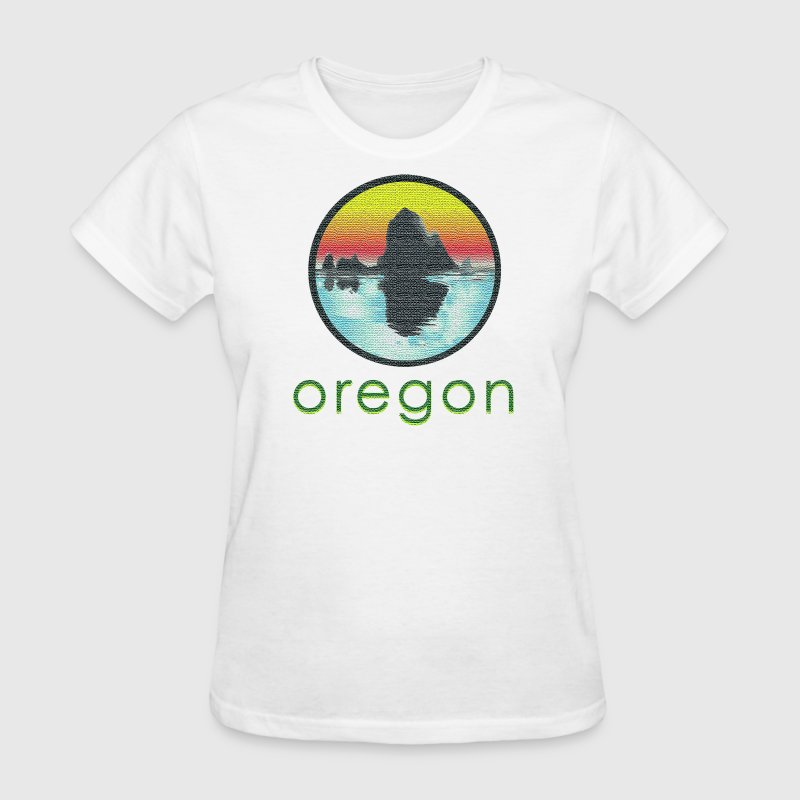 Vintage Cannon Beach Oregon Women's T-Shirts - Women's T-Shirt