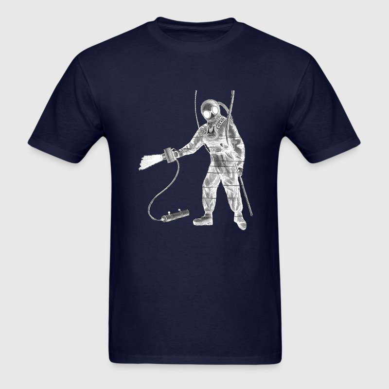Vintage 19th Century Diver with Underwater Lamp - Men's T-Shirt