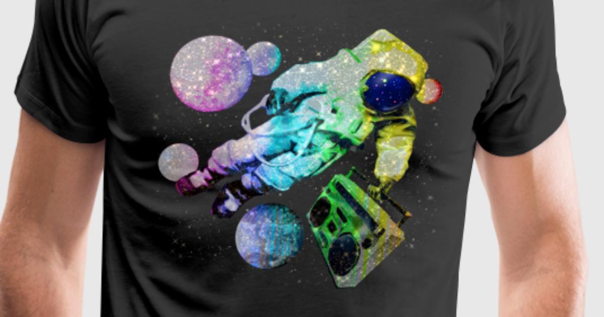 Boombox Spaceman Astronaut T-Shirt   Spreadshirt