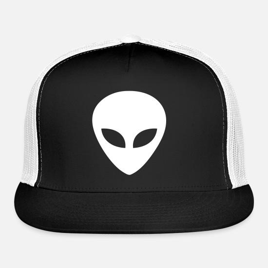 afad0ff0f Alien Head Trucker Cap - black/white