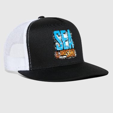 Sand sea and sand - Trucker Cap