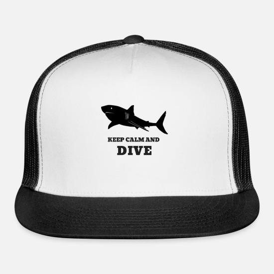 Scuba Caps - Scuba Diving With Sharks: Keep Calm And Dive - Trucker Cap white/black