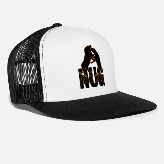 Leon Caps - leon and hyenas hug - Trucker Cap white/black