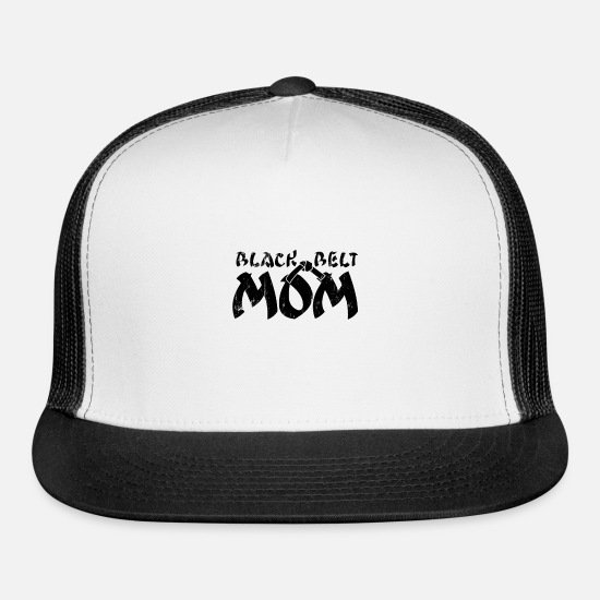 Wear Caps - Blackbelt Mom Karate Taekwondo Judo Kendo MMA - Trucker Cap white/black