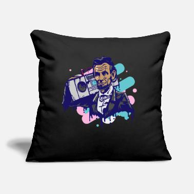 "Retro 80s Ghettoblaster Lincoln Retro 80s - Throw Pillow Cover 18"" x 18"""