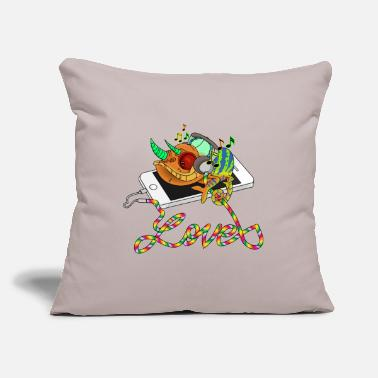 "Mp3 Chameleon loves MP3 music - Throw Pillow Cover 18"" x 18"""