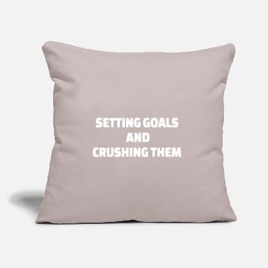 "Building POWERLIFTING : Setting goals and crushing them - Throw Pillow Cover 18"" x 18"""